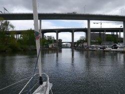 Die dritte Brücke war fast zu niedrig...