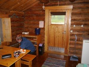 in dieser gemütlichen Hütte konnten wir uns wieder aufwärmen und trocknen